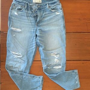 Abercrombie & Fitch Girlfriend Jean High Rise